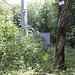 Auf dem Pfingstberg die Sendeanlage, der Weg führt rechts daran vorbei