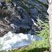 der Schlatenbach stürzt in wilden Kaskaden ins Tal