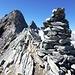 .. auf dem Gipfel des Piz Tumpiv (mit Gipfelbuch).