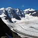 Faszinierende Gletscherwelt. Der breite Persgletscher fliesst unter permanentem Grollen dahin.