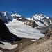 Das empfängt einen nach dem man über ein letztes kleines Schneefeld auf 3000 m ankommt.
