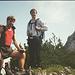 Klaus und Stefan nach einer kurzen Pause. Rechts sieht man die schönen Felsen!