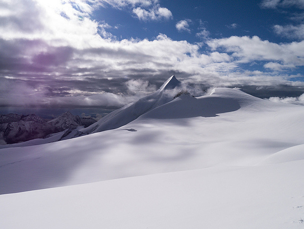 Allalinhorn im Aufstieg zum Alphubel