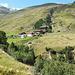 """Die Rofenhöfe stellen Österreichs höchstgelegene Bauernhöfe dar. Heute sind sie aber weniger Bauernhof und mehr Ausflugsziel für Spaziergänger und Wanderer (um das Wort """"Touristen"""" zu vermeiden)"""