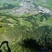 Blick über die Mariawand hinab auf Niederurnen.<br />Es geht noch eindrücklich runter