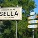 Wegweiser in Marioccio einem Ortsteil der Gemeinde Isella.