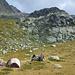 Zelt direkt vor einem der Klettergebiete