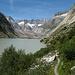 der Weg entlang des Sees zieht sich in die Länge<br />