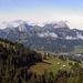 Rückblick übers Fängli nach Gstaad. Im Hintergrund sprechen sie französisch.