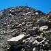 Die letzten 100 Hm bis zum Gipfelkreuz sind wieder etwas steiler, aber problemlos zu begehen