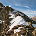 Der Felsgrat des Pjortenhorns fußt im Zwischbergenpass!