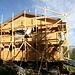 <b>Capanna Buffalora (2078 m) in fase di restauro; rimarrà chiusa agli escursionisti fino al 14 giugno 2014.</b>