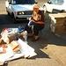 Երևան (Ere͡wan):<br />Verkäuferin von Spielsachen und Nüssen am Eingang zum schönsten und grössten Stadtpark Հաղթանակ Զբոսայգի (Haġt'anak Ĵbosaygi).