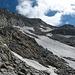 Die Nordwestflanke vom Pizzo Lucendro (Gipfelkreuz knapp sichtbar). Abenteuerlustige könnten evtl. auch direkt durchsteigen...