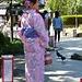 eine traditionell gekleidete Japanerin