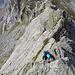 Die letzten Meter zum Gipfel in schöner, exponierter IIer Kletterei