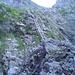 Eine erste Leiter, die durch die Flanke auf den Grat leitet, stellt den Einstieg zum Klettersteig dar.