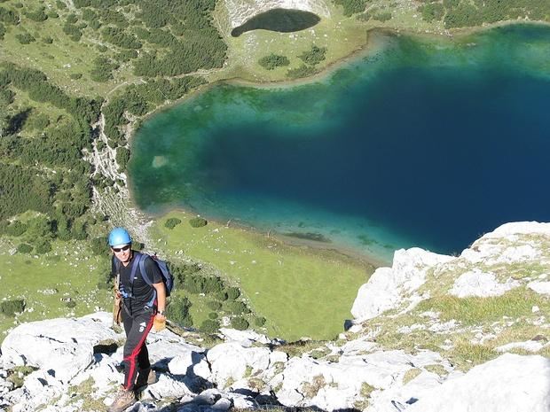 Im Tajakante Klettersteig oberhalb Seebensee