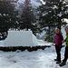 [u MaeNi] Kurz vor der Einweihung der Schneebar, die für die Hikr gebaut wurde.