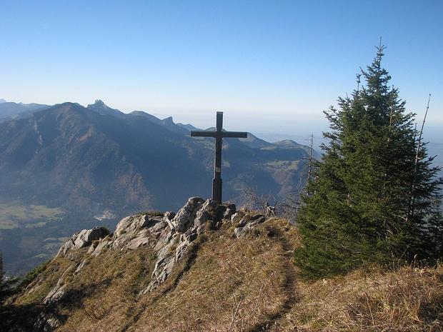 Hochlerch, Gipfelkreuz