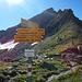 Am Plasseggenpass wechselt man für kurze Zeit in die Schweiz.