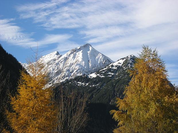 """Berge der """"Vier Festen"""" von Bach gesehen."""