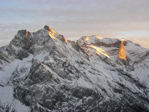 Freispitze im letzten Sonnenlicht vom Südgrat der Greitjochspitze gesehen.