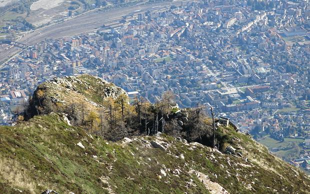 Aussicht vom oberen aufs untere Kreuz und Domo