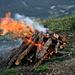 Le premier feu c'est pas mal réussi, ça valait la peine de porter le bois jusqu'à là.