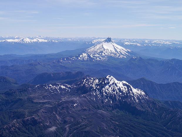 Auf dem Gipfel mit Blick nach Argentinien.