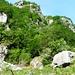 Einstieg für Corona dei cristiani und Picolitt unten links beim Felsen