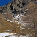 durch diese braunen Felsen irgendwo der Weg zur Domhütte