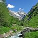Der Baltschiederbach - im Hintergrund das Stockhorn