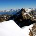 dalla vetta il panorama sul Lagghinhorn e il Fletschhorn