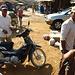 Die Rollerfahrer, die uns nach Kampong Speue zurückbrachten, als der Busfahrer den Stop verpasste