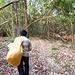 Ein Reissack diente unserem Guide als Rucksack...