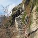 Könnte im Val Bavona sein...wenn nicht der Handlauf wäre