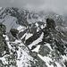 Blick vom Gipfel der Pointe du Bandon zum Schotterturm