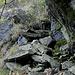 <br />;-) Auch nicht gleich, aber auch ähnlich:<br /><br />[http://www.hikr.org/gallery/photo1287022.html?post_id=72880#1]<br />___________________________________<br /><br />Vielleicht hat die Treppe auf meinem Foto (oben) früher ähnlich ausgesehen wie die folgende<br />(siehe unten im Kommentar von [u Seeger]:<br />[http://www.hikr.org/gallery/photo1060494.html]