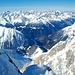Tiefblick vom Oberalpstock ins Urner Reusstal