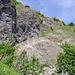 Der Aufstieg zur Steinbockhütte führt über das markante Band