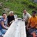 Mexikanisch-deutsch-schweizerische Chaiserstocktruppe: In den Bergen findet man schnell Freunde...:-)
