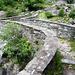 Del Chiall - elegante Geländer über der Bavona