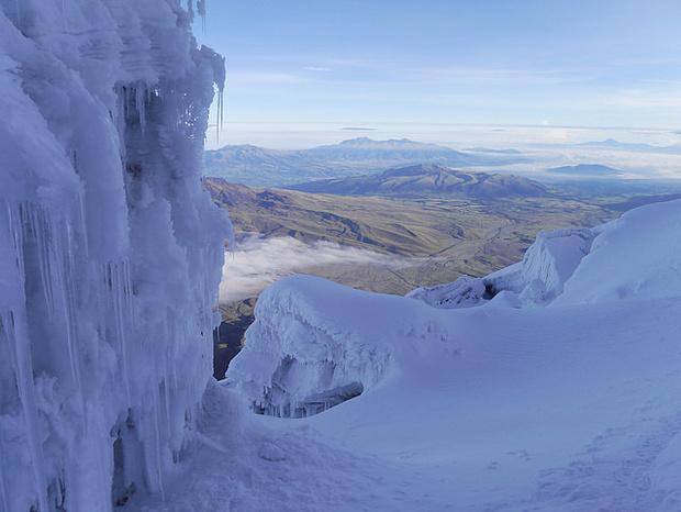 Im Abstieg bei Tageslicht haben wir diesen wunderbaren Gletscher passiert.