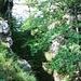 ... und dazwischen liegt ein etwa zwölf Meter hoher Ab- und Aufstieg
