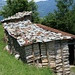 ... und ein besonders grosses und gut geschütztes Holzlager