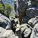 der Kamin eröffnet die Kletterstelle