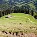 Nach der morastigen Waldpassage waren die Weiden der Hittisberg Alpe erreicht. Die Steilheit des Geländes lässt sich hier gut erahnen.