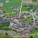 Unten im Tal das Dorf Niedergesteln