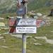 A circa 100 mt. dal rifugio la segnalazione per il Passo Niemet
